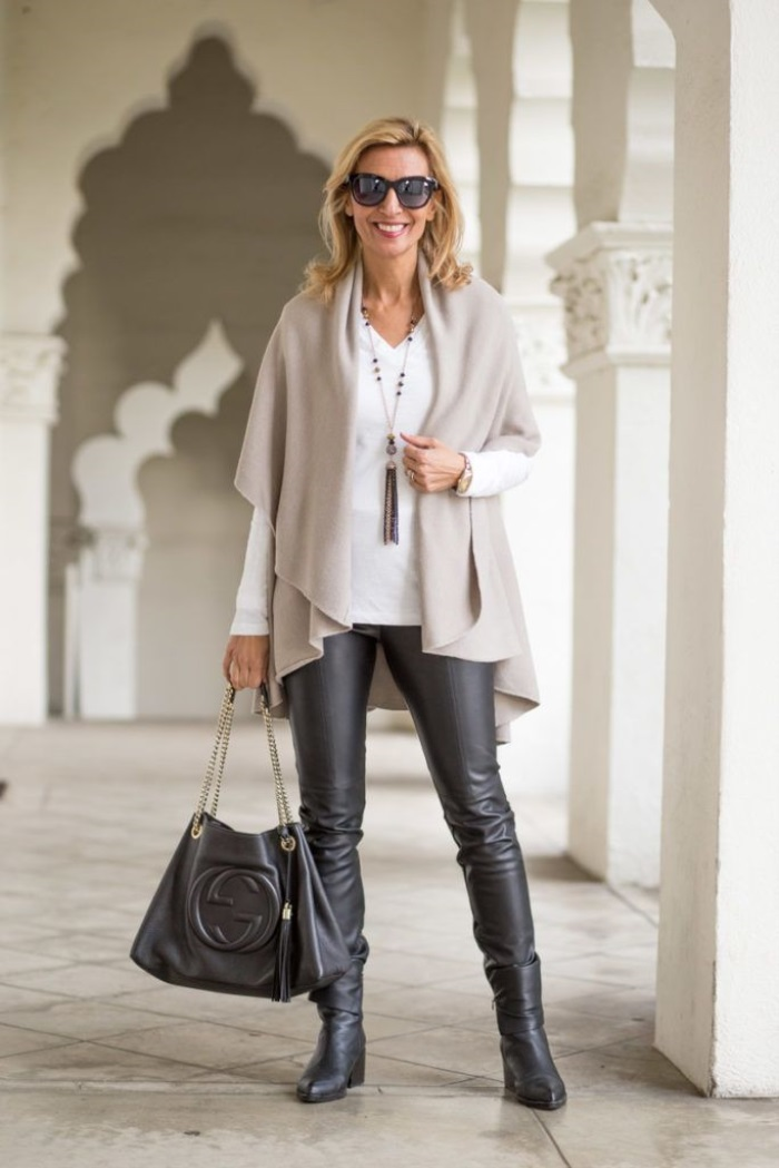 Stunning Winter Fashion Outfits Over 40