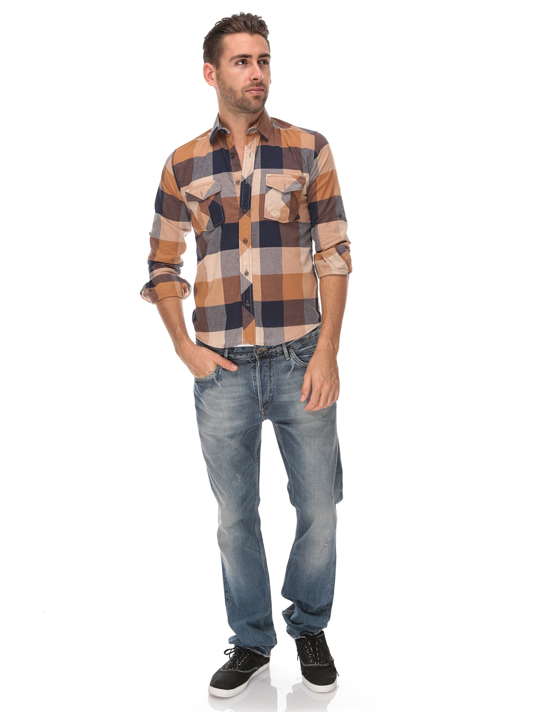 Browse the men's clothing selection for everything from men's designer clothing and formal wear to casual attire like hoodies and sweatshirts or lounge wear. Belk features a great variety of sizes, catering to big and tall needs as well.