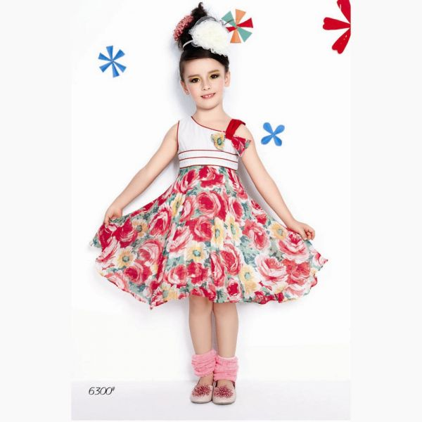 Little Trendsetter Boutique specializes in trendy and unique children's clothing online. We take immense pride in helping your little ones dress stylish and practical. Our vast inventory includes a large and diverse variety of baby clothes for girls, cool boy clothes, and cute baby clothes, all in .