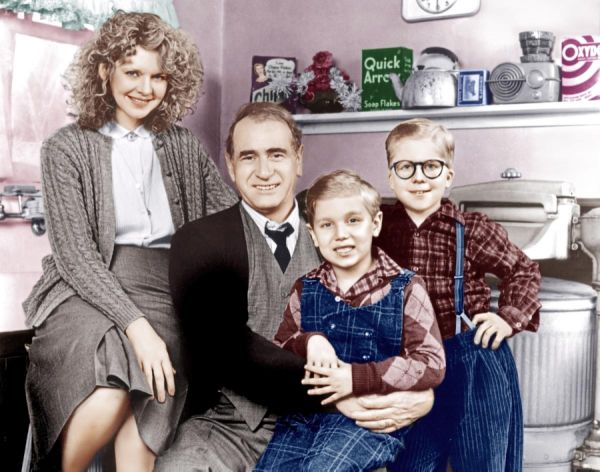 Classic christmas movie characters photos