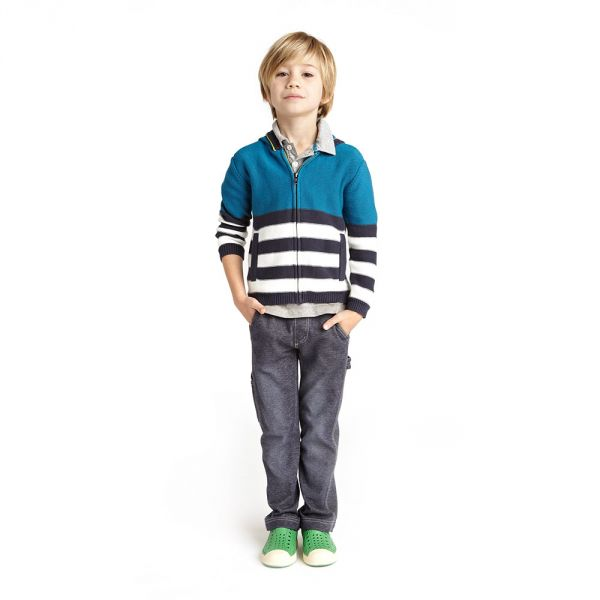 In boys clothes section we'd talk about the flamboyance of colors, bold decisions, and the most admirable combinations of boys outfits suggested by fabulous designers. We'll inform about latest news of fashion, recent trends and styles.