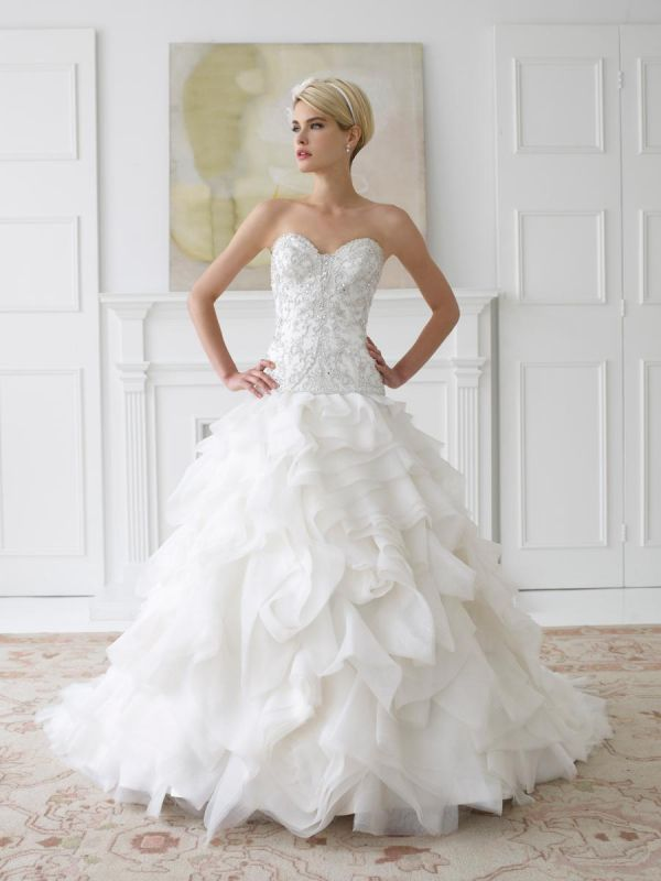 Wedding Gowns With Designs : Fashion designs wedding dresses trends