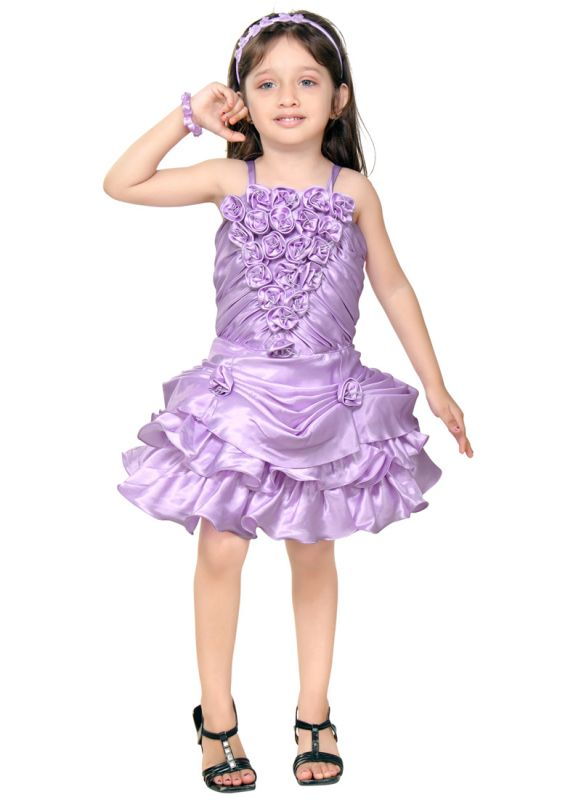 Clothing stores. Fashionable girl clothes