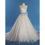 8_Charming_Disney_Wedding_Dresses_For_Grown-Ups
