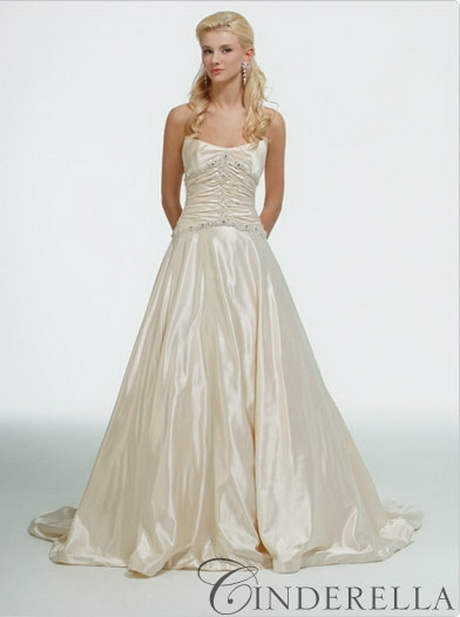 Cinderella wedding dress disney 2015 2016 fashion trends for Cinderella wedding dress up