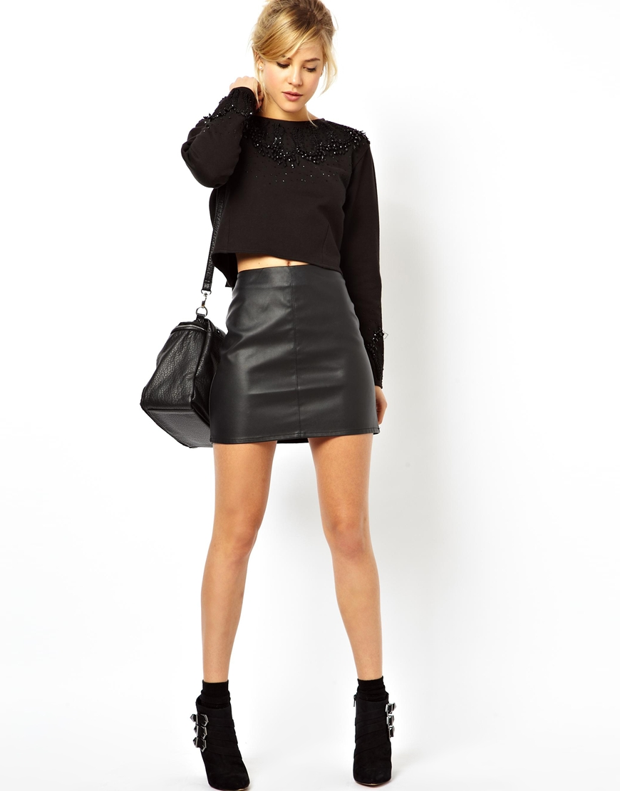 Black Faux Leather Skirt Fashion Trends