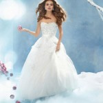 wpid-Cinderella-Wedding-Dress-Disney-2014-2015-4.jpg