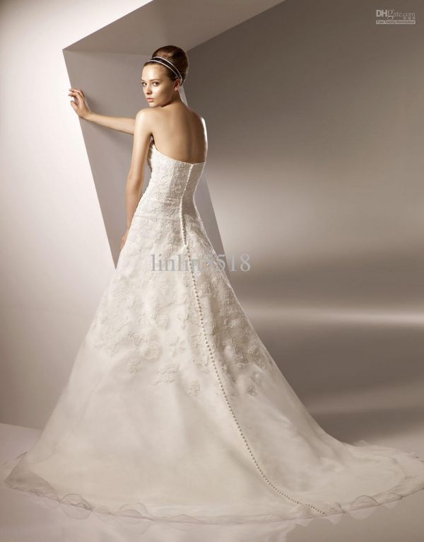 Wholesale wedding dresses from chine for Wedding dresses wholesale china