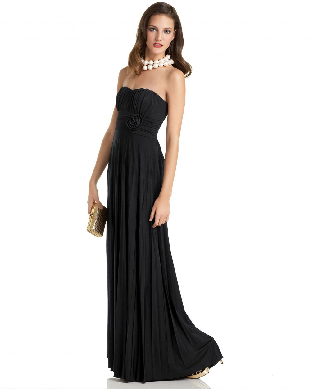 Black Prom Dresses. It's time for prom! Show up to the dance and turn heads in any of our great selection of black prom dresses. We've got all the latest styles and cute designs in the timeless color to choose from. Check them out now! Dress shopping becomes easier (and way more fun) the sooner you narrow down what you're looking for.