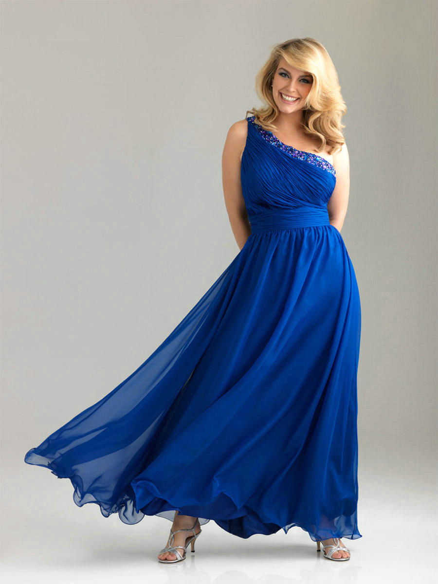Navy blue bridesmaid dresses plus size