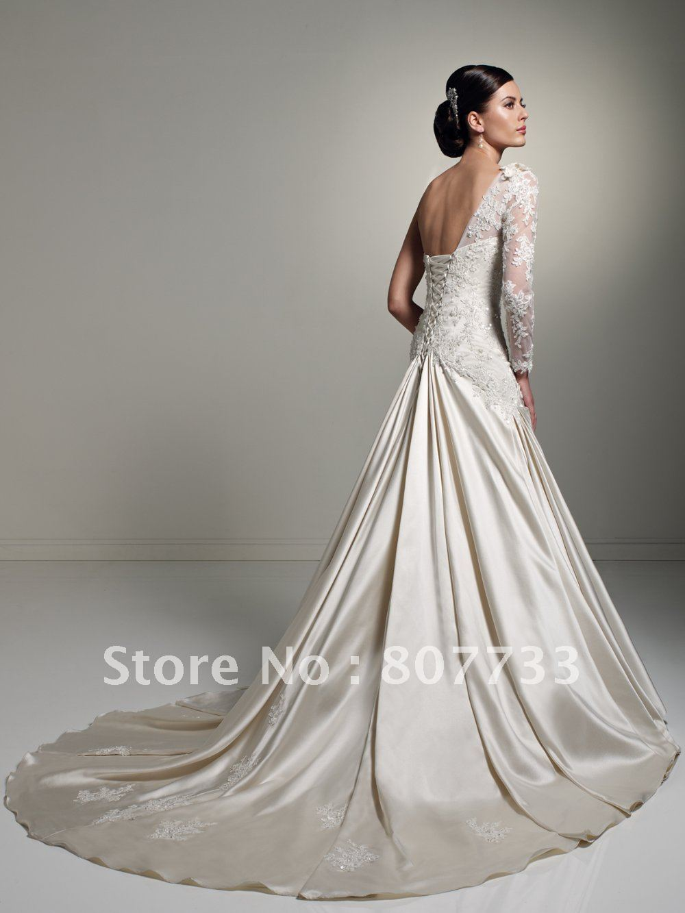 Vera wang bridesmaid dresses one shoulder 2014 2015 for Champagne colored wedding dresses