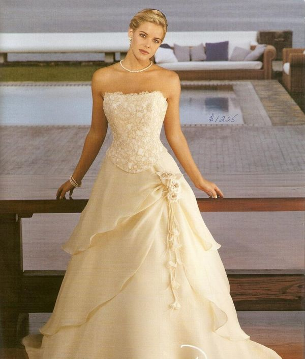 White and gold wedding dresses 2014 2015 fashion trends for White and gold wedding dresses