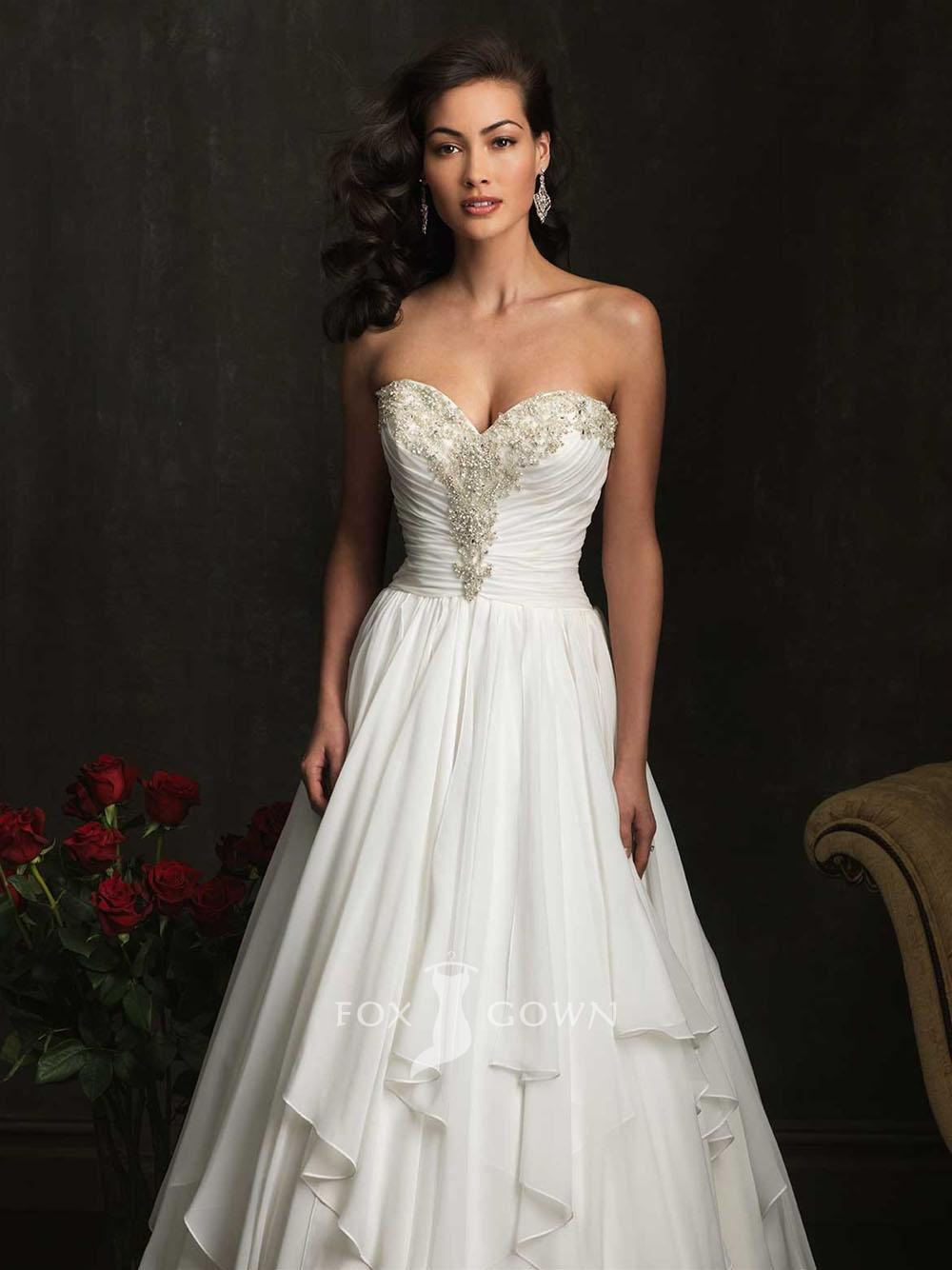 Wedding dresses canada wedding dresses asian for Loose fitting wedding dresses