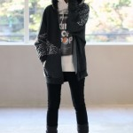 I_always_wanted_a_skeleton_sweatshirt._._This_girl_has_a_really_cute_girly_goth_look_about_her,_which_i_find_really_good_grunge