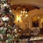 Christmas_Tree_Decorated_With_Hydrangea_images