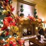 Traditional_Meets_Contemporary_Christmas_Tree_HGTV