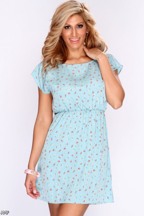Casual dresses with pretty little details and colorful patterns add a unique touch to your day-to-day fashion. Lovely lace dresses are delicate and beautiful additions to your wardrobe while easygoing and flattering shift dresses are the grab-and-go staples you need in your closet.