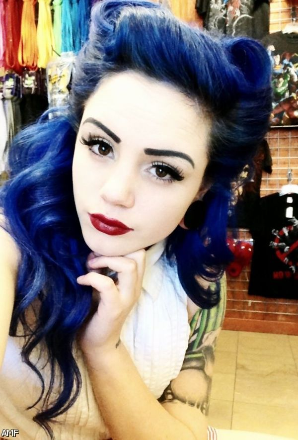 Blue Black Hair Tumblr 2015-2016 | Fashion Trends 2016-2017