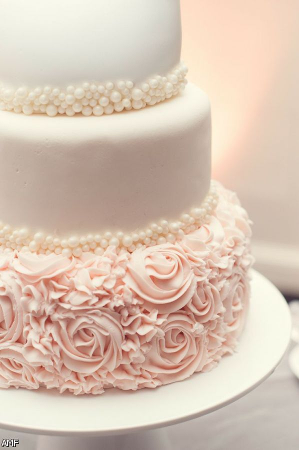 Blush And Gold Wedding Cake 2015-2016 Fashion Trends ...