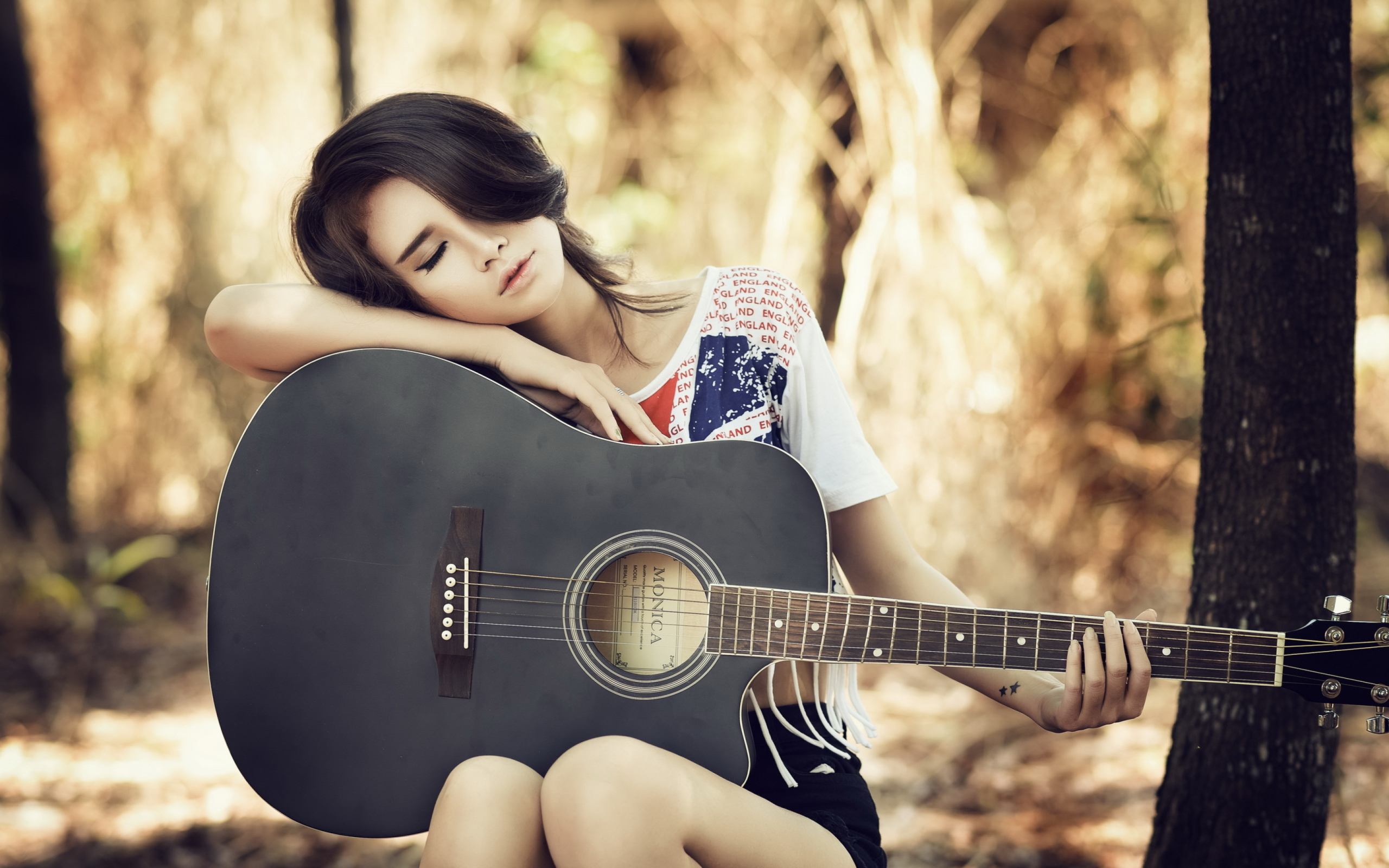 Cool And Stylish Profile Pictures For Facebook For Girls With Guitar Review Shopping Guide We Are Number One Where To Buy Cute Clothes