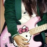 Cool_and_stylish_girls_with_guitar_2016-2017__