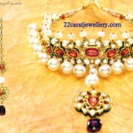 Gold_Earrings_Tanishq_Designs_Extraordinary_Rings_Gallery