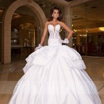Sexy_Ball_Gown_Sweetheart_Neck_White_Wedding_Dress_на_продажу
