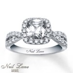 Tanishq_Diamond_Engagement_Rings_For_Women_With_Price_Wallpaper_Fashion_Trends_2015