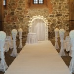 White_wedding_ceremony_decor_1189113_-_on_iBride.com