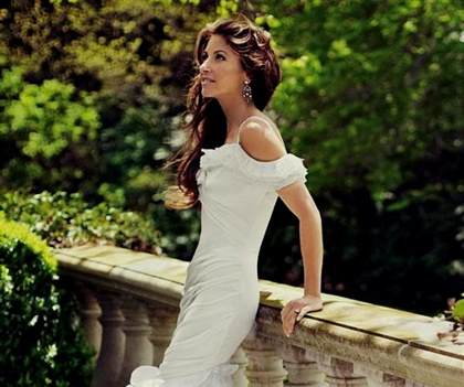 dylan lauren wedding dress