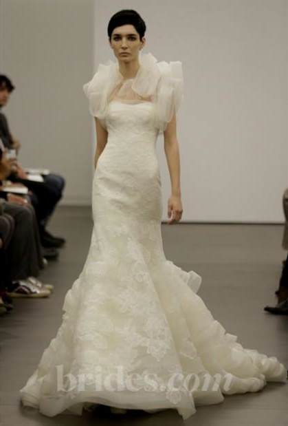 vera wang lace wedding dresses